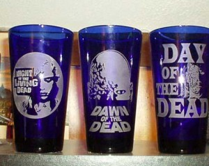 TRILOGY OF THE DEAD DEAD BEER GLASSES SET