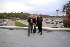 Monroeville Mall Roof | October 2014 | Sandee, Bob and Daz